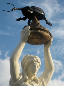 bollweevil-statue-detail