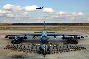 b-52h_static_display_arms_06
