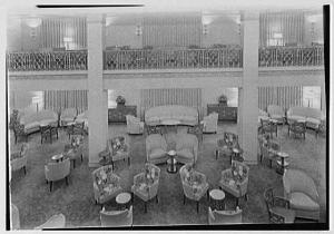 ss-america-lounge-from-balcony