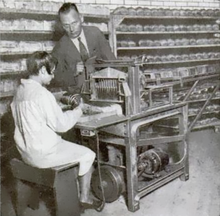 st-_louis_electrical_bread_slicer_1930