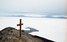 cross_on_observation_hill_mcmurdo_station