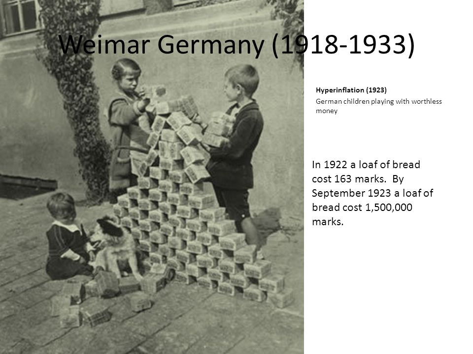 Weimar+Germany+(1918-1933)+Hyperinflation+(1923)+German+children+playing+with+worthless+money