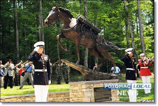 Sergeant Reckless statue