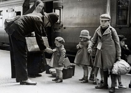 Battle of britain, children evacuated