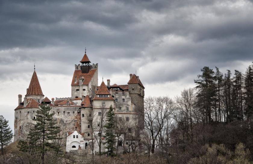 Bran-Castle-count-dracula.jpg3_