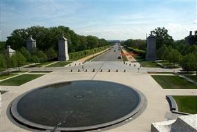 Memorial Ave