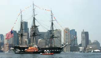 USS_Constitution_underway, turning