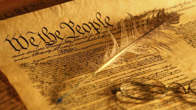 US-Constitution-777x437