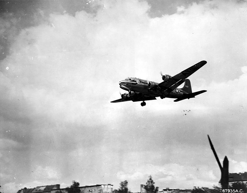 C-54_dropping_candy_during_Berlin_Airlift_c1949