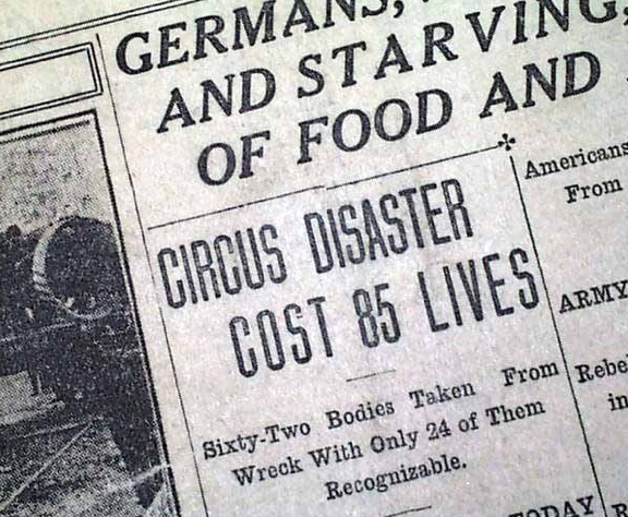 Hammond-Circus-Train-Wreck-Indiana-IN-in-1918-Newspaper