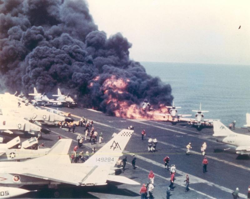 800px-USS_Forrestal_A-4_Skyhawk_burning.png