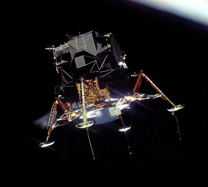Apollo_11_Lunar_Module_Eagle