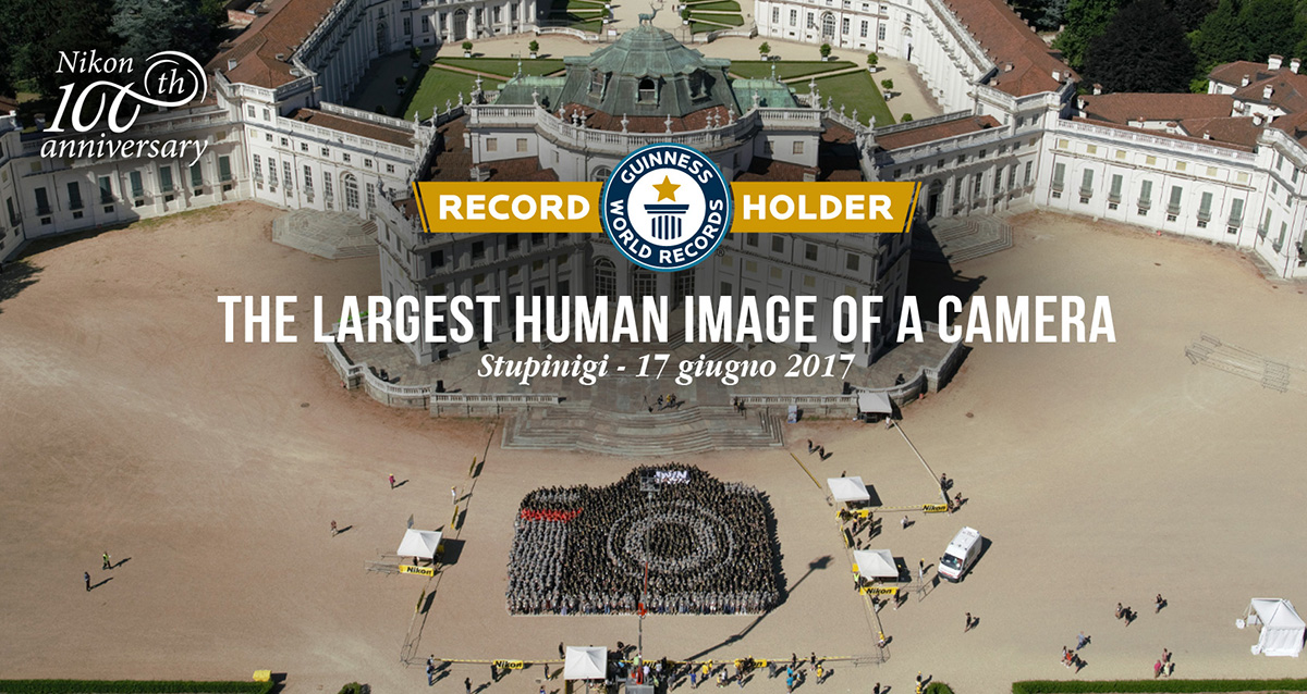 Nikon-biggest-human-camera-Guinness-Book-of-World-Records1