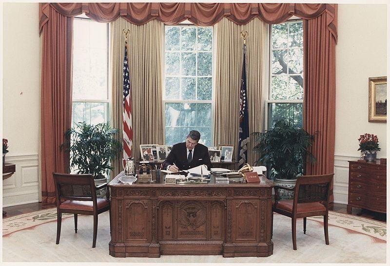 Resolute, Reagan