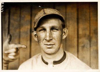1920px-_Harvard__Eddie_Grant,_Cincinnati_Reds_third_baseman,_by_Paul_Thompson,_1911