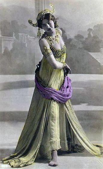Mata_Hari_postcard