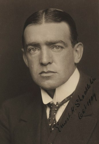 800px-Ernest_Shackleton_before_1909