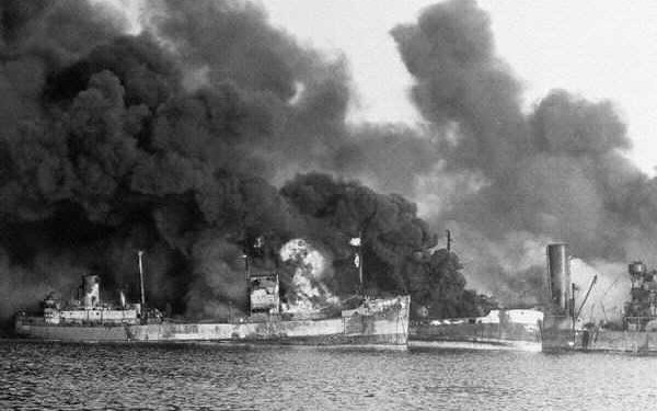 bari_burning-ships