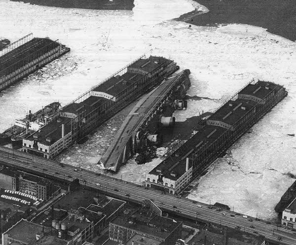 USS_Lafayette_1942