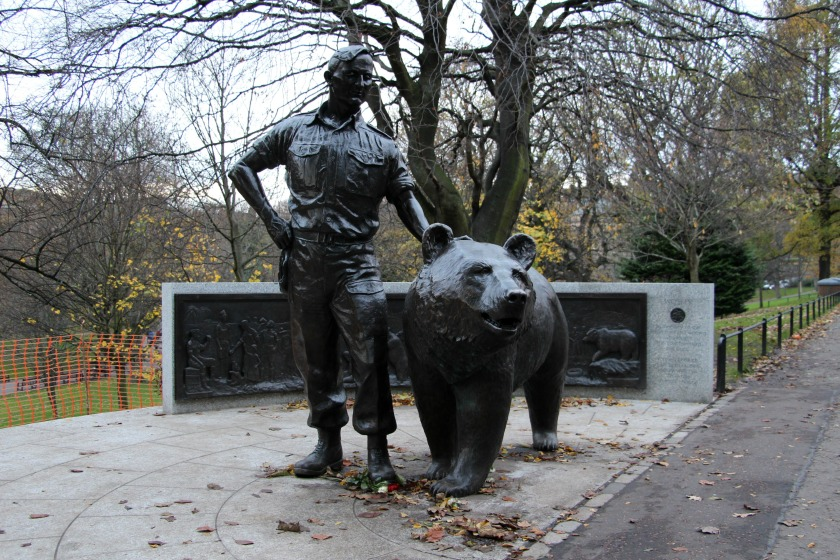 Wojtek-the-Bear-Princes-Street-Gardens-21st-November-2015