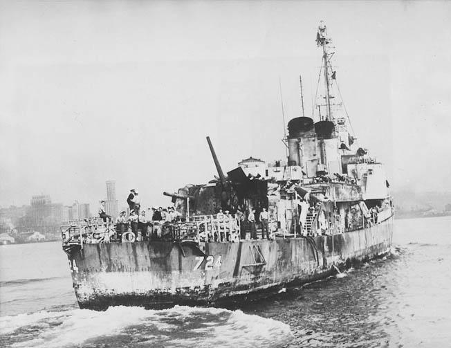 Damaged-ship-Into-Seattle