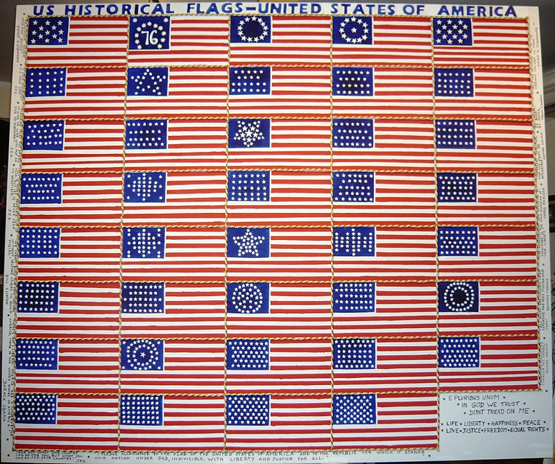 800px-US_historical_flags-United_States_of_America