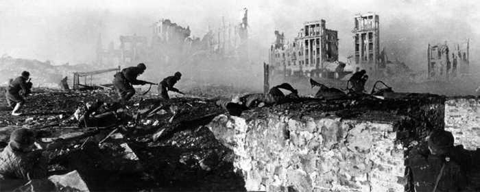 soldiers-Soviet-offensive-troops-German-Battle-of-February-1943