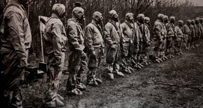 chernobyl-cleanup-crew.jpg