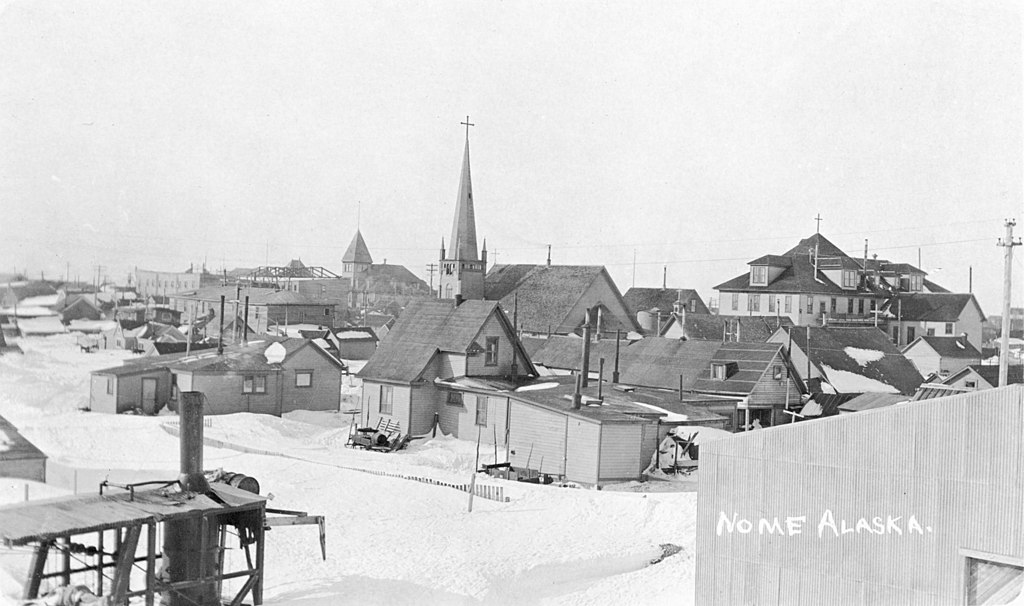 1024px-View_of_Nome,_Alaska_with_snow_on_ground