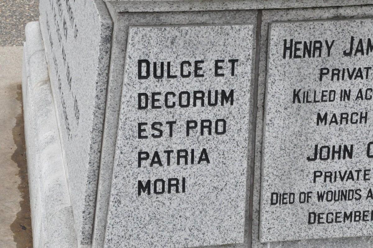 November 4, 1918 Dulce et decorumest