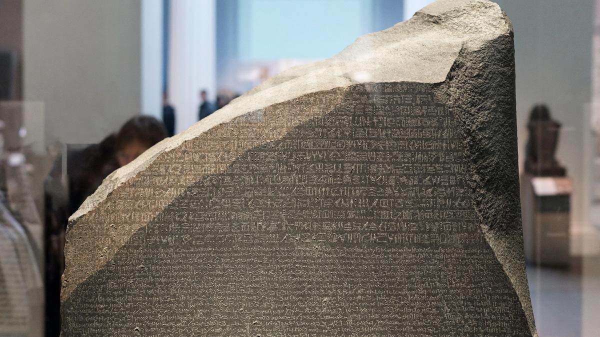 September 27, 1822  The RosettaStone
